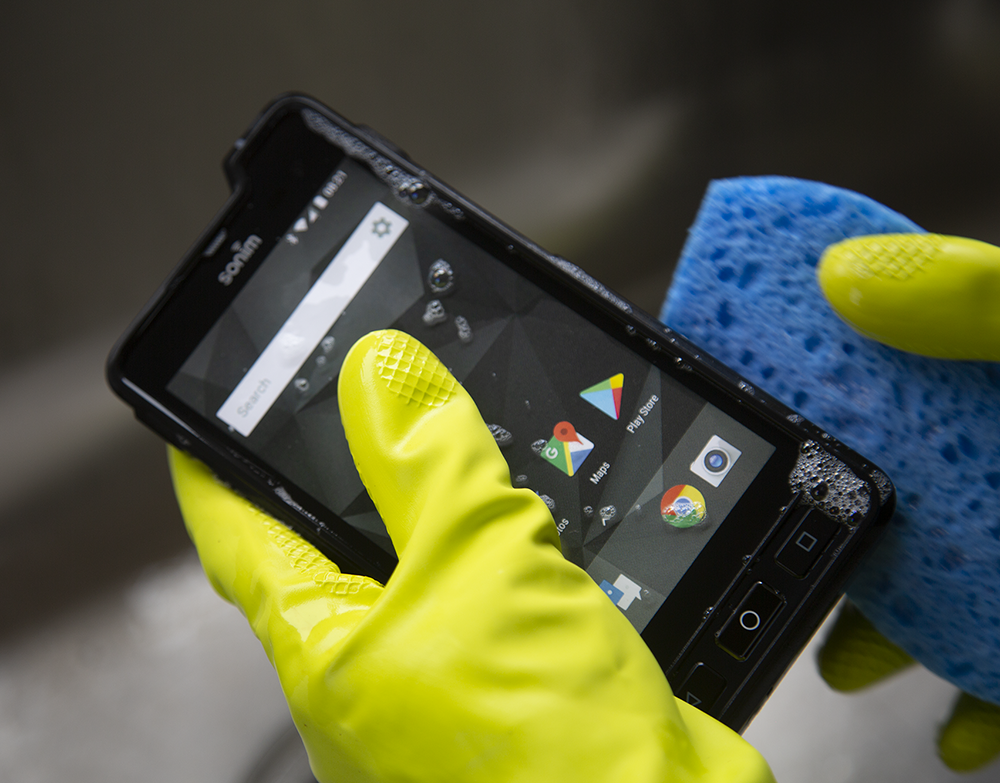 Are You Really Disinfecting Your Mobile Device?